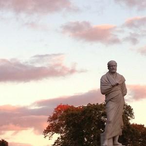 26_statue